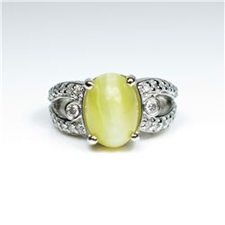 Captivating RARE Chrysoberyl Cats Eye and  Diamond Ring featuring a honey colored  cabochon Chrysobe