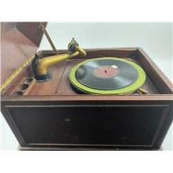 Antique Victrola record player, marked Victor  Talking Machine.  Working well, single  record at 78
