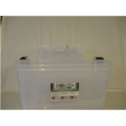 3 New Plastic Storage Tubs with Lids