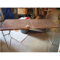 2 Double Metal Folding Tables with Legs