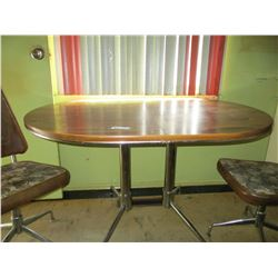 """Kitchen Oval Table and 2 Chairs  35 by 46 by 29"""" T"""
