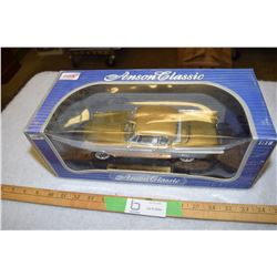 Anson Studebaker Golden Hawk 1:18
