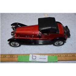 Aletta 1:16 Vintage Car (Italy)