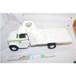 ERTL John Deere Winch Truck