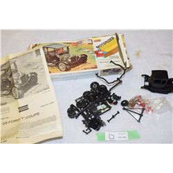 1976 Lindbergh Ford 25 Model T Motorized Model Kit