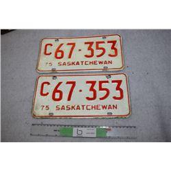 1975 SK Set of License Plates