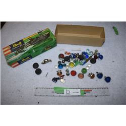 Box of Reflectors, Marbles, and Premiums