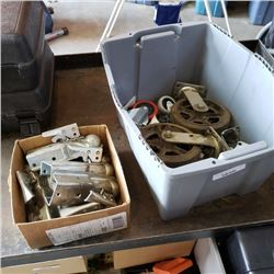Tote of receiver tongues and casters