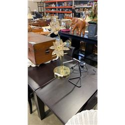 BRASS AND GLASS FLOWER LAMP AND FLEXIBLE NECK LAMP