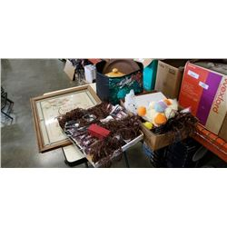 LOT OF CLIP ON HAIR EXTENTIONS, ESTATE GOODS, PANS