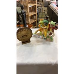 CANADIAN LOONIE COIN BANK AND FROG FIGURES