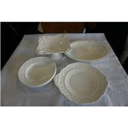LOT OF MADE IN ITALY WHITE SERVING PLATERS AND DISHES