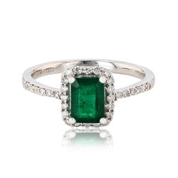 1.07 ctw Emerald and 0.26 ctw Diamond Platinum Ring