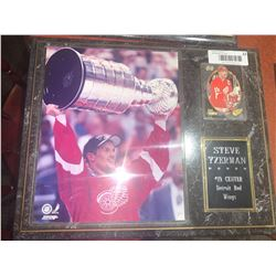 Mounted Plaque with card of Steve Yzerman