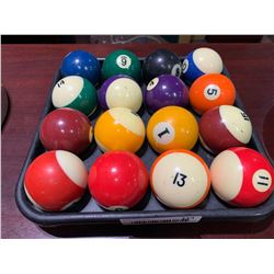 Rack of billiard balls set