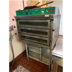 DoyonJet Airtriple door electric pizza oven sold with Stainless Stand and lot of baking trays