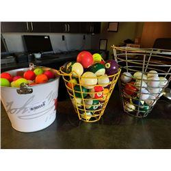 lot of 3 buckets - golf & billiard balls