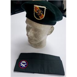 Vietnam Era 5th Special Forces Airborne Beret & Ca