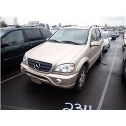 2003 Mercedes-Benz ML320