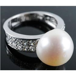 .925 Silver Pearl and Swarovski Element Ring - Size 6.
