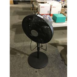 Comfort Mate Oscillating Pedestal Fan