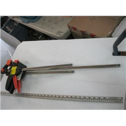 3 WOOD CLAMPS