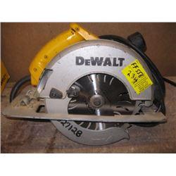 """DEWALT 8 1/4"""" CIRCULAR SAW"""