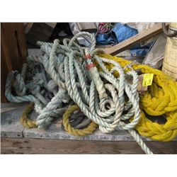 1 LOT OF ROPE AND CREVICES