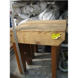 2 SMALL WOODEN BENCHES