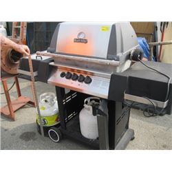 BROIL KING PROPANE BBQ WITH EXTRA TANK & HOLDER