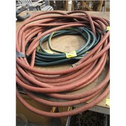 2 WATER HOSES