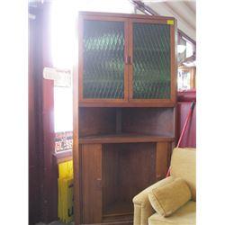 1 LARGE CORNER SHELF UNIT WITH GREEN GLASS