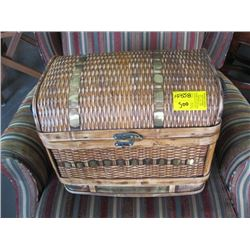 3 WICKER NESTING TRUNKS
