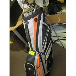 GOLF BAG WITH 4 CLUBS