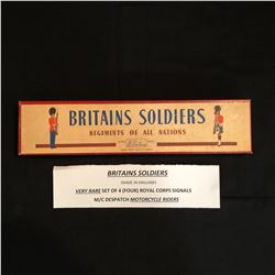 VERY RARE BRITAINS SOLDIERS SET of 4 ROYAL CORPS SIGNALS M/C DESPATCH MOTORCYCLE RIDERS (England)