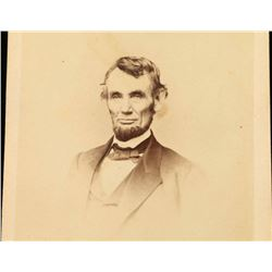 Black & White Photo of President Lincoln