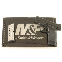 Smith & Wesson M&P9 Shield M2.0 9mm