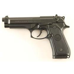 Beretta Model 96 .40 S&W SN: BER020652M