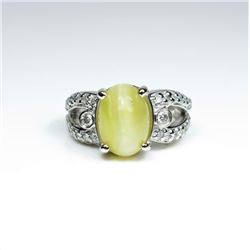 Captivating RARE Chrysoberyl Cats Eye