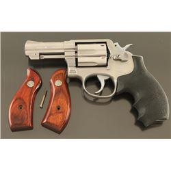 Smith & Wesson 65-3 .357 Mag SN: AYT2764