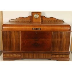 Roos Hope Chest