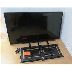 "LG 50"" LED Flat Screen TV w/ Bluetooth Model 50LN5750 & Mount"