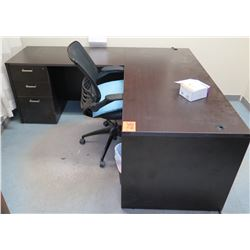 L-Shaped Desk and Chair
