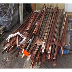 Pallet Misc Fence Stakes