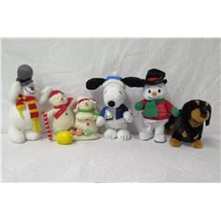 Qty 4 Holiday Plush Toys: 2 Snowmen, Snoopy & Dog w/ Snowman Figurine