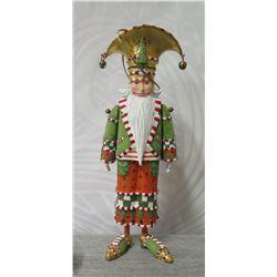 """Santa Figurine w/ Beard, Crown & Maker's Mark PB* - 7"""" Tall"""