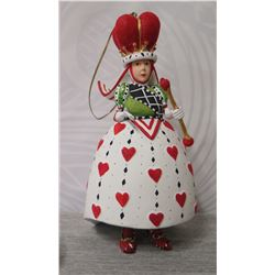 """Queen of Hearts Figurine w/ Crown, Scepter & Maker's Mark PB* - 6.5"""" Tall"""