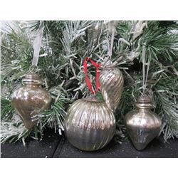 Qty 4 Christmas Tree Ornaments: Balls, Spheres, Cones