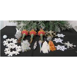 Qty Approx. 16 Christmas Tree Ornaments: Snowflakes, Spheres, Icicles, etc
