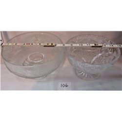 PAIR CLEAR ETCHED GLASS FOOTED FRUIT BOWLS